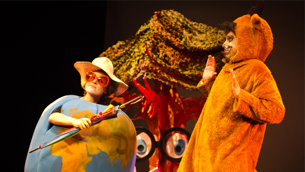 bmw-conciencia-a-ninos-recursos-alternativos-movilidad-sostenible